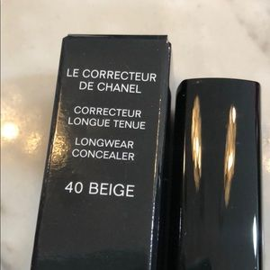 CHANEL Makeup - Chanel longwear Concealer new Authentic